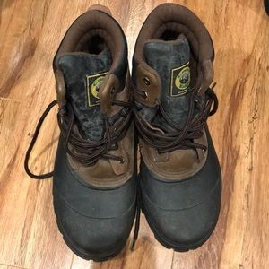 Crater Ridge brown and black boots
